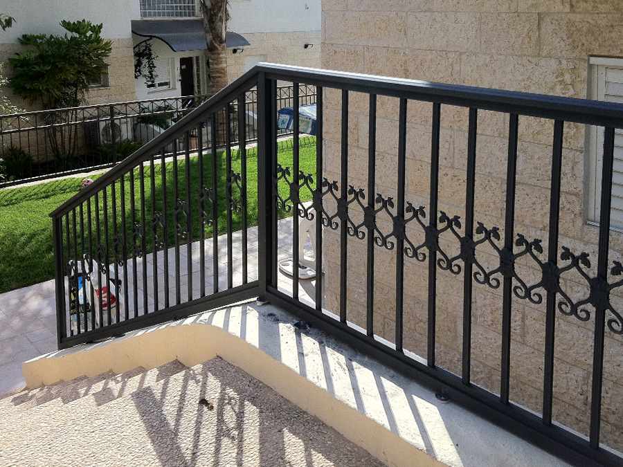 Ballcony Fences - 601-135